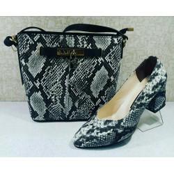 کفش بزرگ پای زنانه همراه با کیف ست